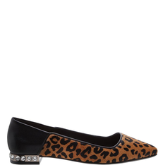 Sapatilha Schutz Bico Fino Leopard Print Studs