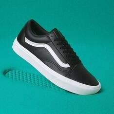 TÊNIS Vans COMFYCUSH OLD SKOOL