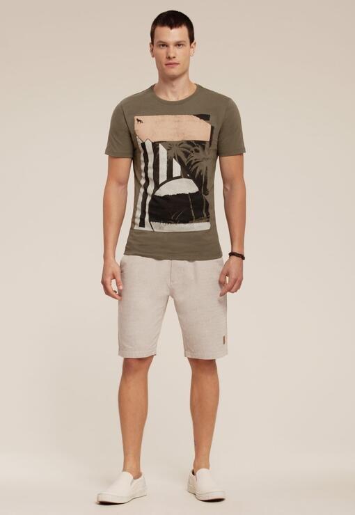 Camiseta ACOSTAMENTO Resort manga curta estampada
